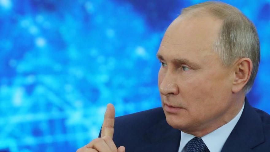 Putin reconoce la vigilancia a Navalni pero niega el envenenamiento