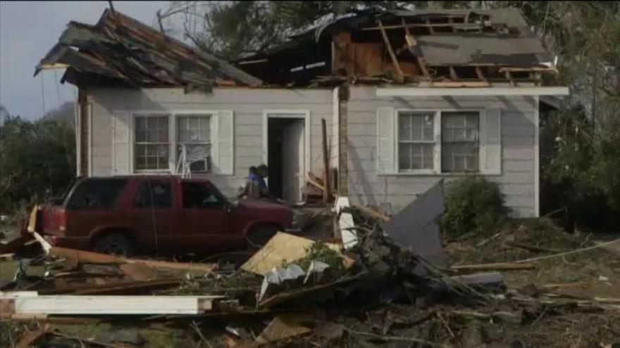 El paso de un tornado por Misisipi deja 4 muertos