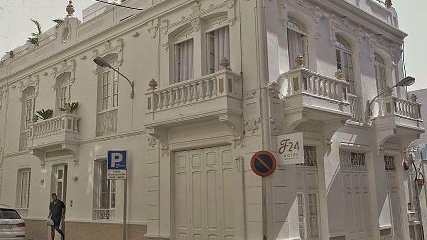 La antigua casa de San Vicente Ferrer se convierte en un hotel con piscina