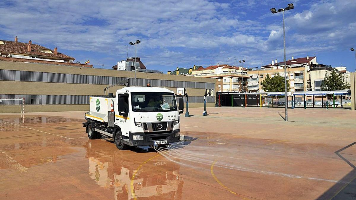 Paiporta: Limpiezas especiales de los espacios comunes de los colegios