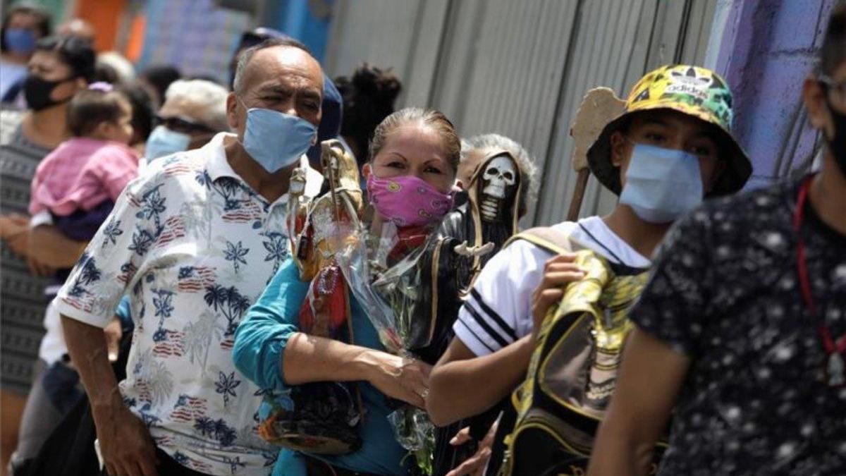 La pandemia en México no cede y rebasa los 390.000 contagios