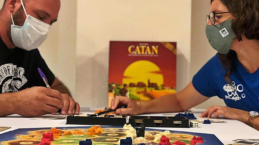 L'Espai Jove de Berga va acollir la primera edició del Torneig de Catan de la ciutat