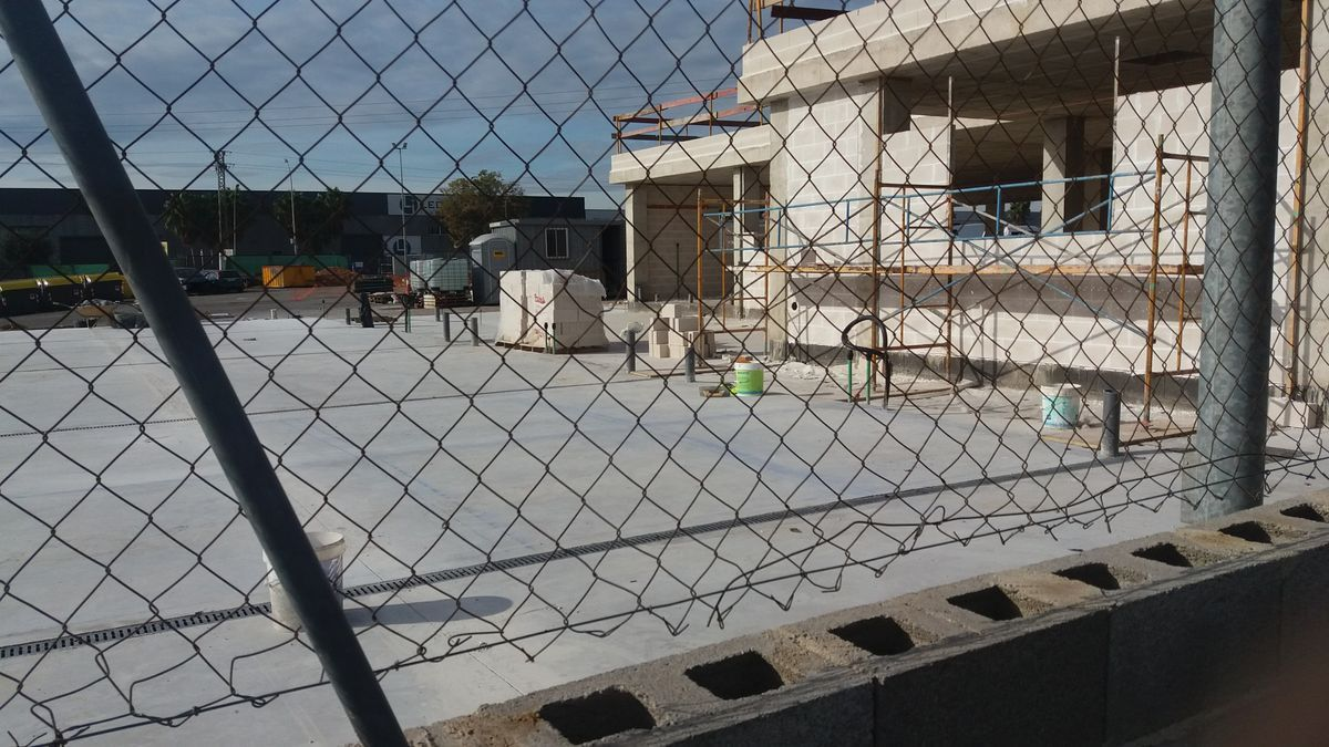 Nuevo refugio de animales de Paterna en construcción.
