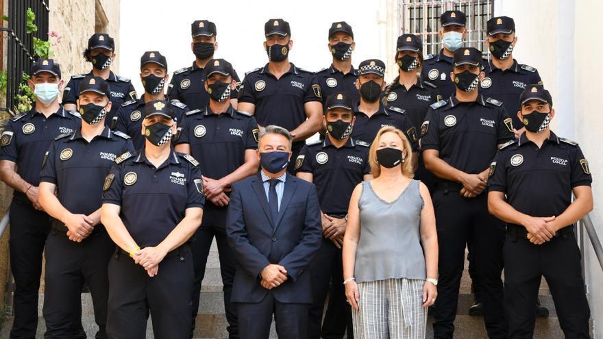 Refuerzo imprescindible para la Policía de Xàbia: toman posesión 15 agentes fijos