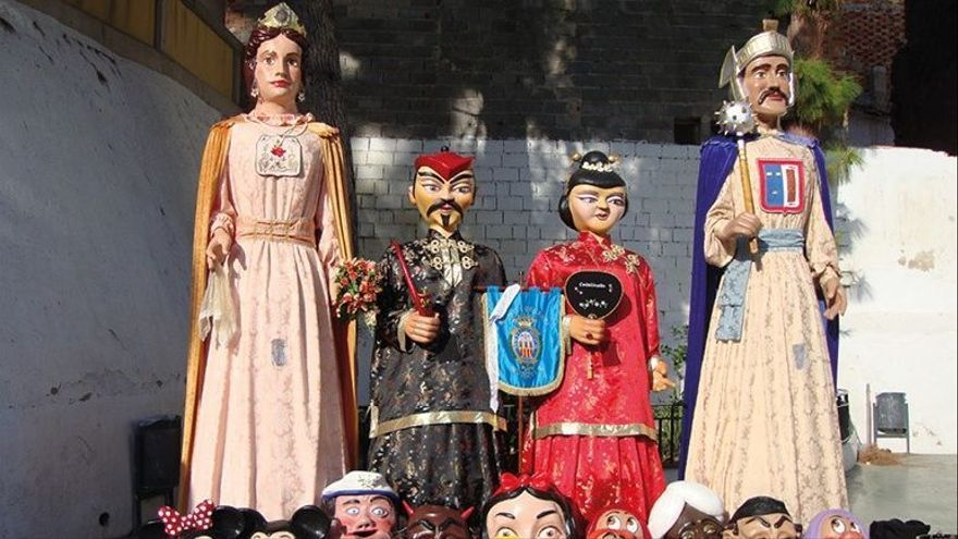 Monóvar celebra el 9 d´Octubre con exposiciones y circo