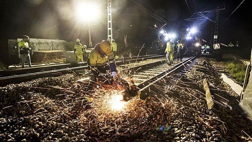 Adif mejora la señalización ferroviaria de Castelló a Tarragona con 69 millones