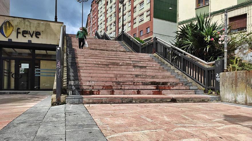 Canteli respalda la idea de poner escaleras mecánicas a la Losa desde Monte Gamonal