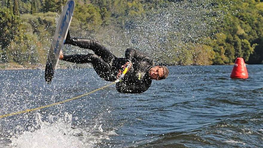 El Campeonato Ibérico de Esquí Naútico llega al Miño