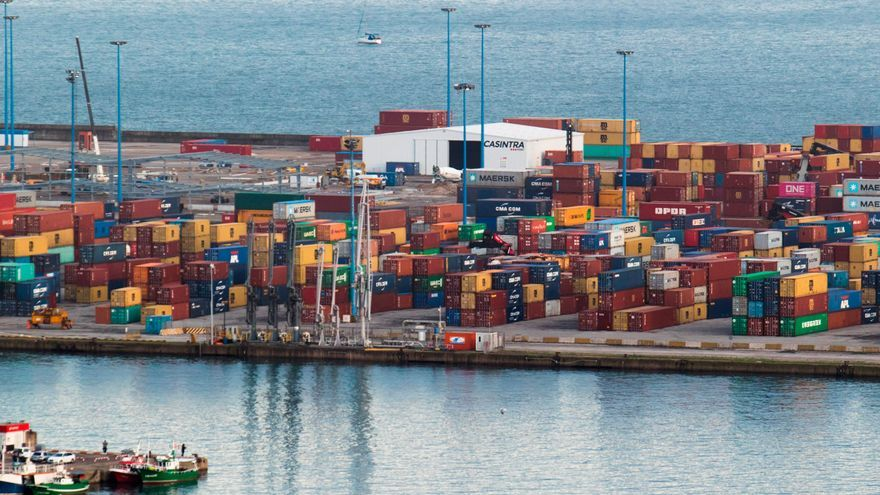 El Puerto autoriza la ampliación de espacio de la terminal de contenedores por un año