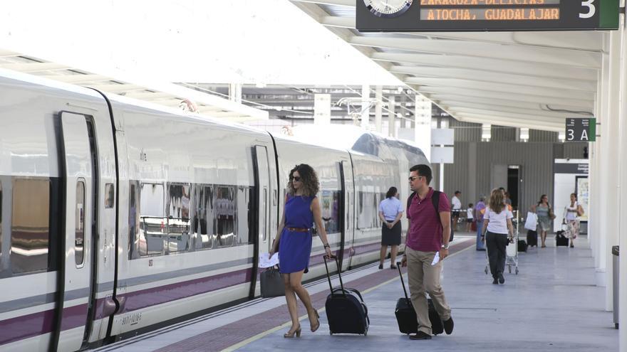 La crisis del covid paraliza las obras para conectar Alicante en tren con el País Vasco