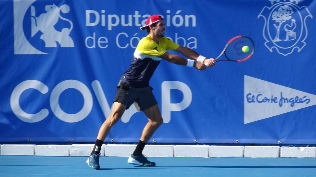 Adrián Menéndez, durante el torneo pozoalbense.