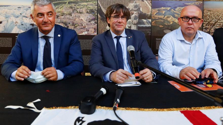 """Puigdemont no modera su discurso: """"Cataluña tiene derecho a la unilateralidad"""""""