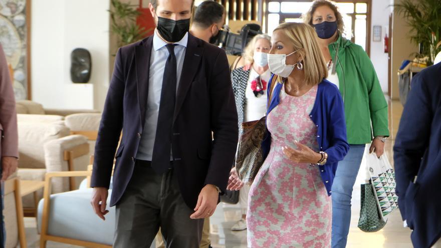 Reunión de Pablo Casado en La Gomera