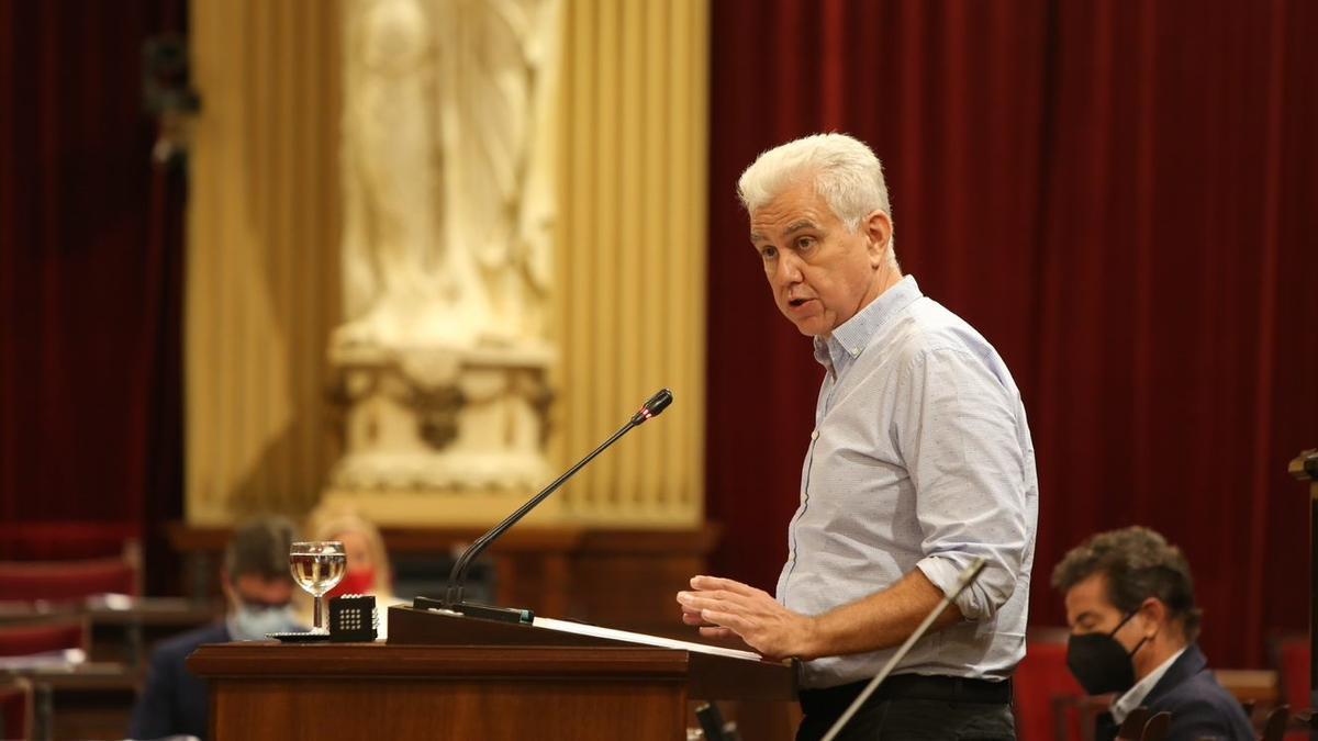 El portavoz del PI en el Parlament balear, Josep Melià, durante el Debate de Política General 2021.