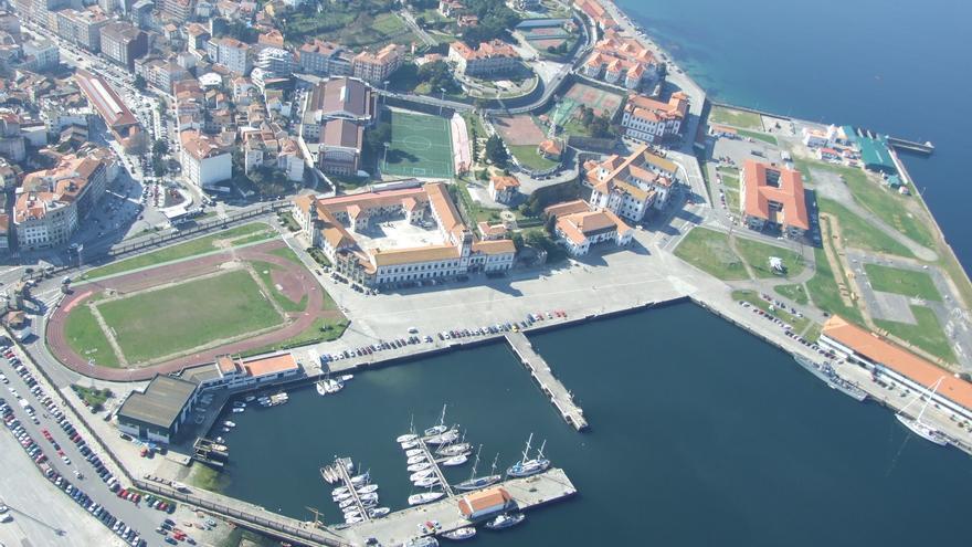 Condenan a prisión a un sargento de la Escuela Naval de Marín al dar positivo en un test alcoholemia durante una guardia
