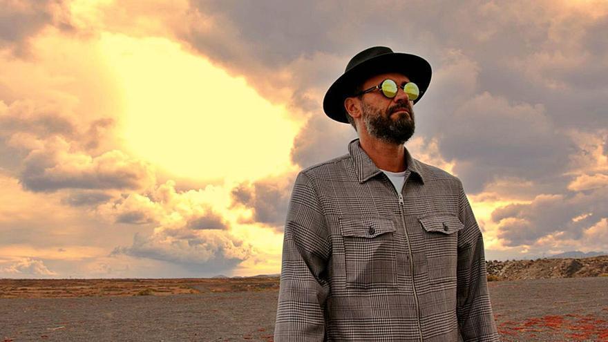 Dactah Chando presenta 'Todo va dentro', incluido en su disco 'XXI'