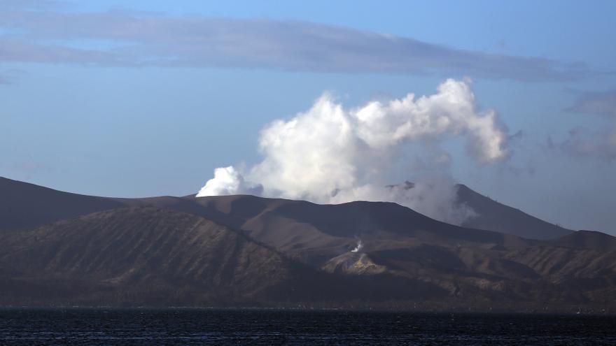Miles de desplazados en Filipinas por la erupción del volcán Taal