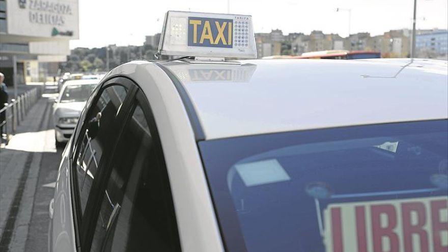 Saca un cuchillo a un taxista de Zaragoza tras no pagar una carrera