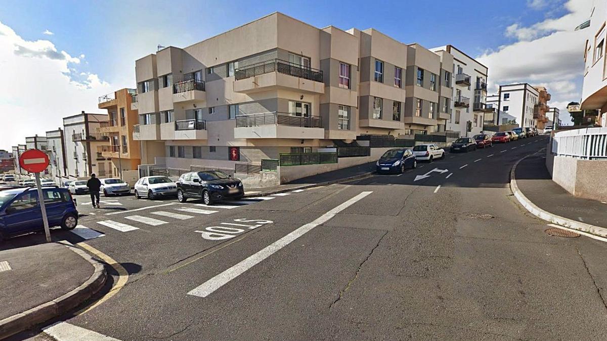 Calle Mata, de San Isidro, donde se encuentra la vivienda del desahucio.