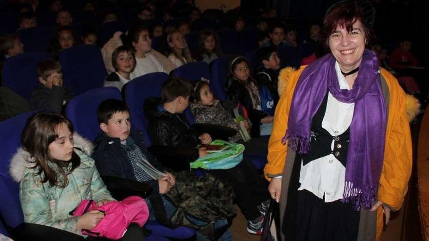 """""""Reconoced los errores"""", pide la autora Violeta Monreal a los niños veigueños"""