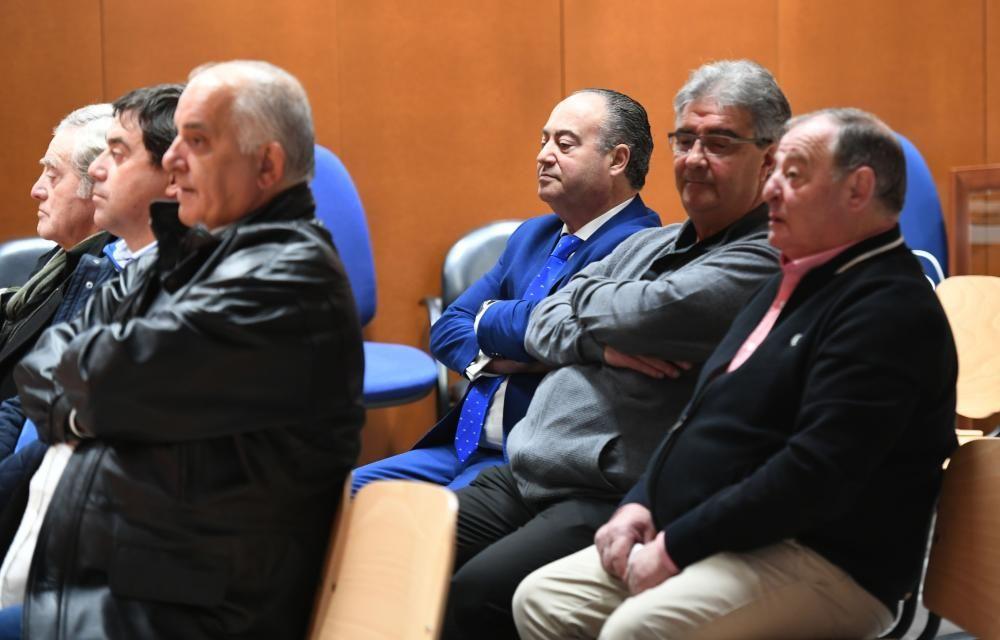 ''Operación Orquesta'': Juicio al alcalde de Cee