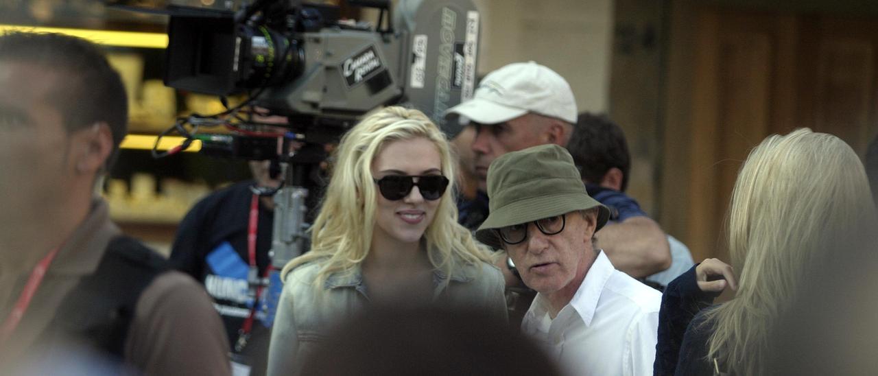 Scarlett Johansson, con Woody Allen en Avilés.