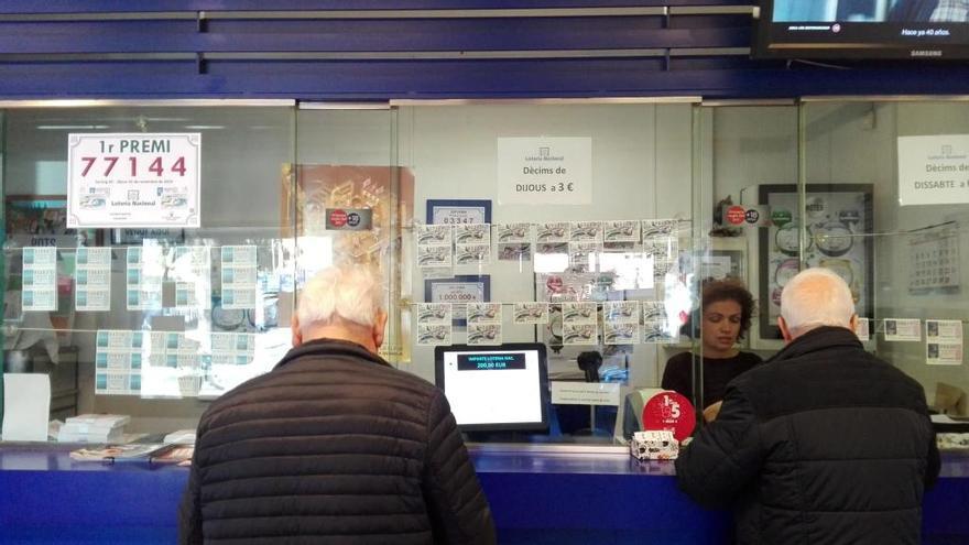 Un primer premi de la loteria ha caigut a l'administració Bartis de Figueres