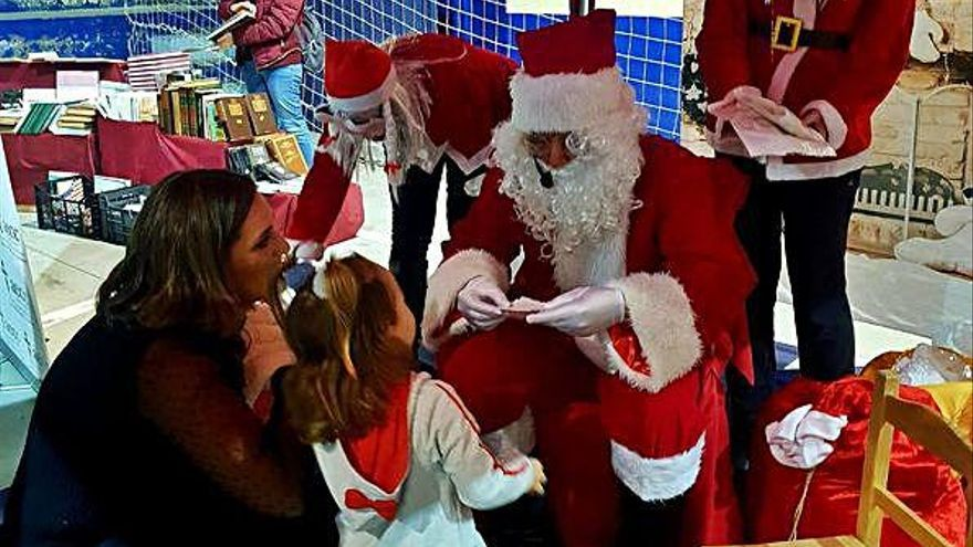 Papa Noel viaja a Puebla para recoger las cartas de los niños