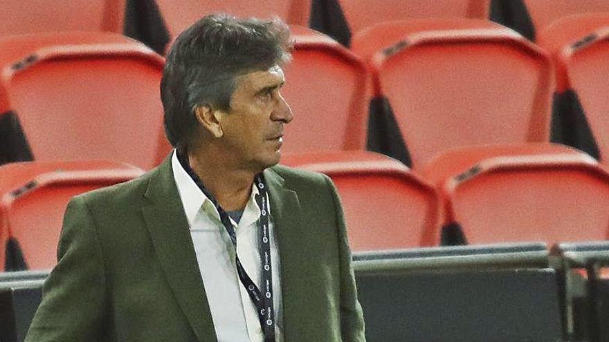 Pellegrini, pendiente de su 'hombre gol' antes de enfrentarse al Valencia CF