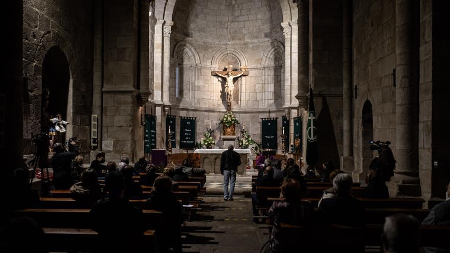 La Hermandad de las Siete Palabras de Zamora celebra la meditación en La Horta