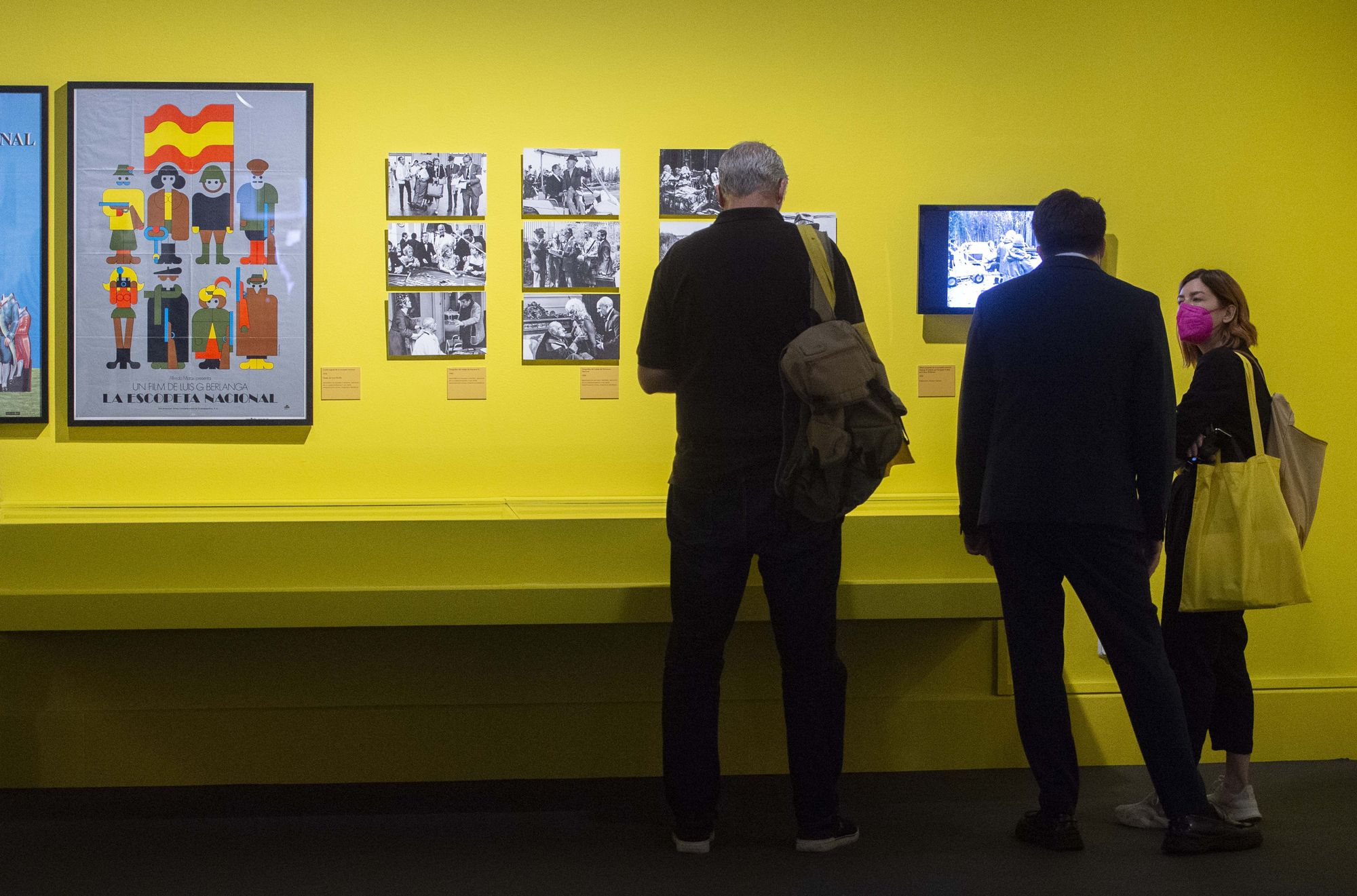 Los Reyes inauguran la exposición de Berlanga en Madrid