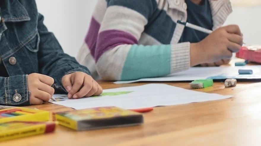 Seis aulas de Extremadura se suman a la enseñanza telemática