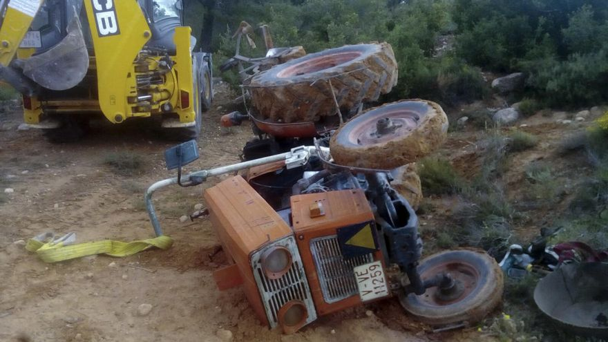 Fallece un agricultor en Moixent en un accidente de tractor