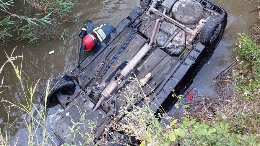 Un hombre de 35 años muere al volcar su coche en Onda