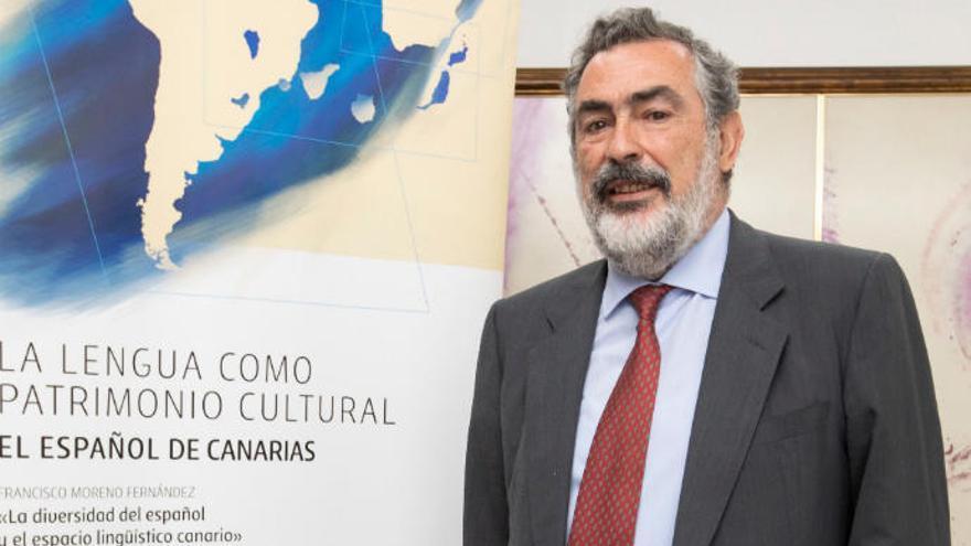 """Manuel Alvar Ezquerra: """"La Academia debería involucrarse en el canario que se habla en Luisiana"""""""