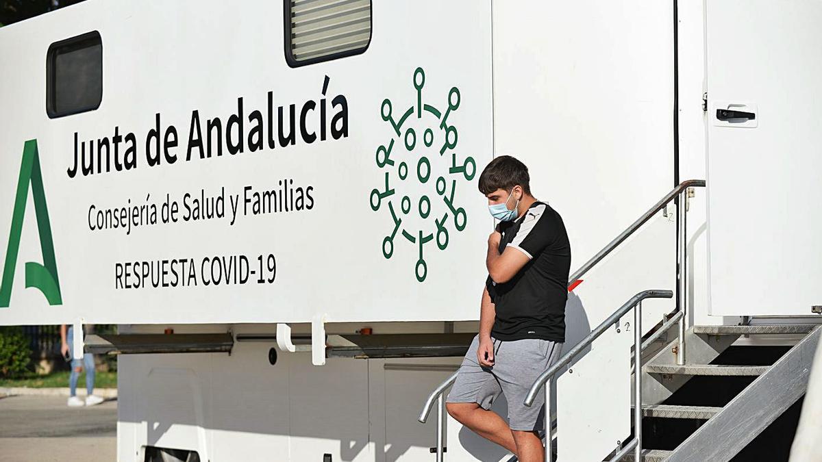 Imagen de la pasada jornada de vacunación sin cita en la plaza de la Marina.