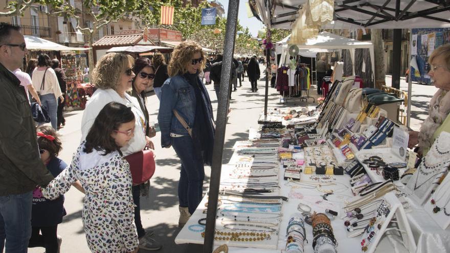 La Fira de Primavera de Navàs aposta pel comerç local i potencia els actes culturals