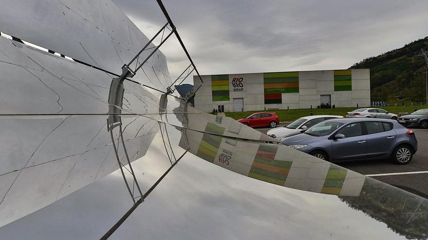 Rioglass Solar planea un parón en su planta de Lena regulando sus cien puestos de trabajo