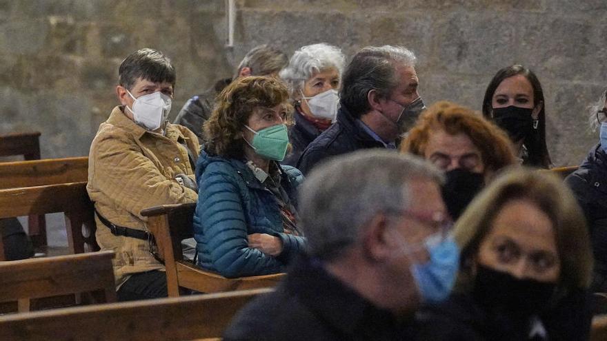 Girona acomiada Josep Tarrés animant a llegir la seva poesia