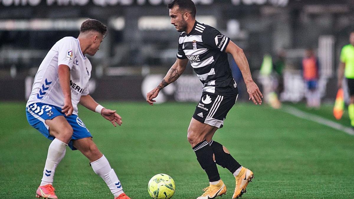 Elady durante el partido de este domingo ante el Tenerife. | PRENSA FC CARTAGENA