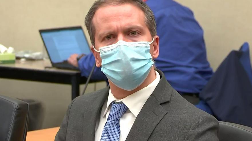 Derek Chauvin, el exagente que mató a Floyd, pide otro juicio