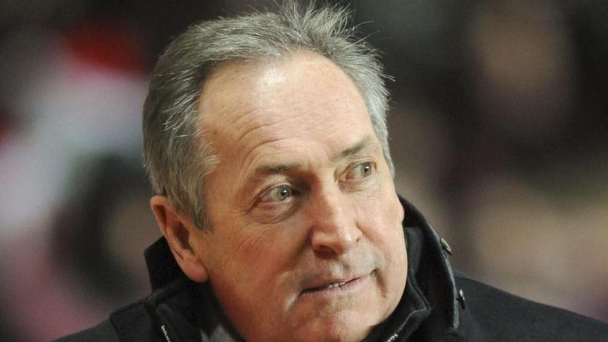 Muere Gérard Houllier, técnico del Liverpool en la histórica final europea ante el Alavés