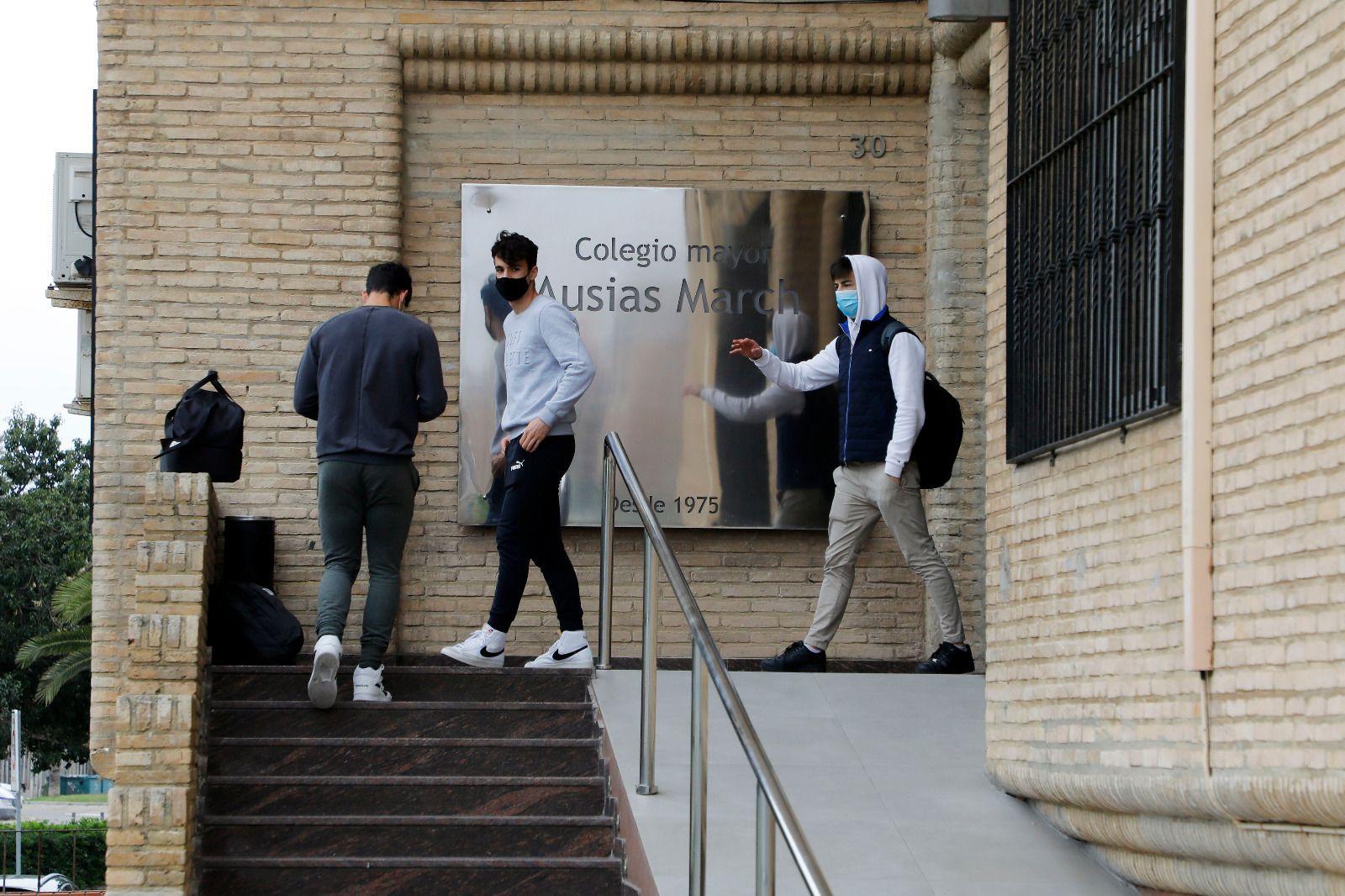 Nuevo macrobrote de covid en el colegio mayor Ausiàs March de València