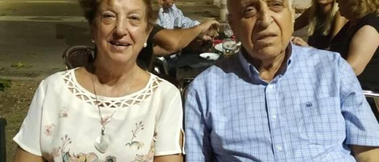 Milieta Torregrosa Soro y Vicente Peris Guerola, clavarios de este año.