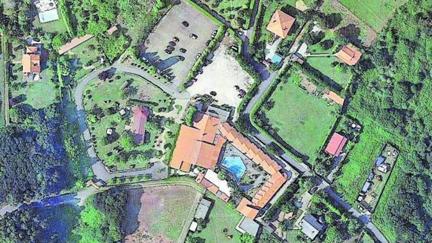 El juzgado subasta Las Tinajas de Oleiros que incluye restaurante y 15 apartamentos