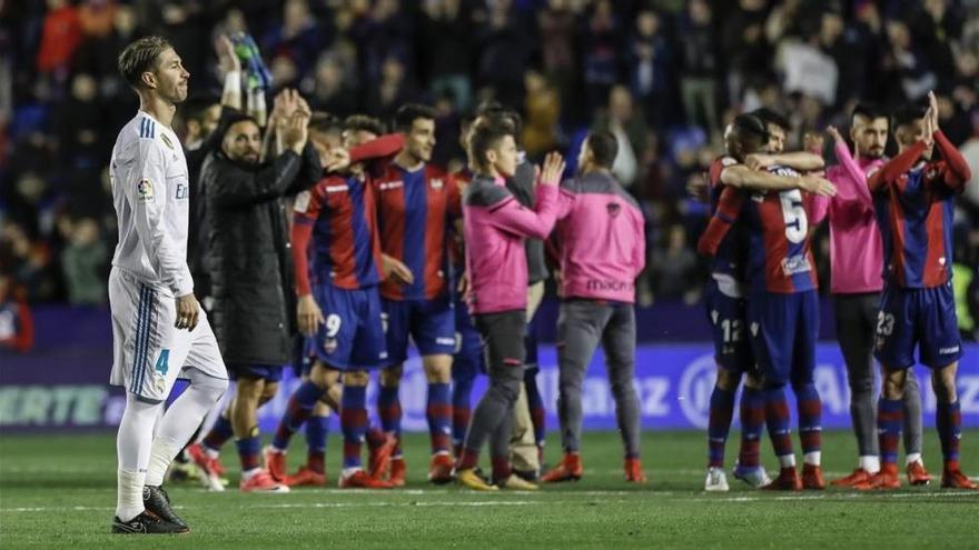 """Ramos: """"Nos lo debemos hacer mirar, algo así en la Champions nos condena"""""""