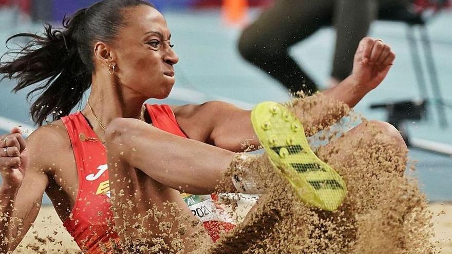 Ana Peleteiro y la magia del último salto