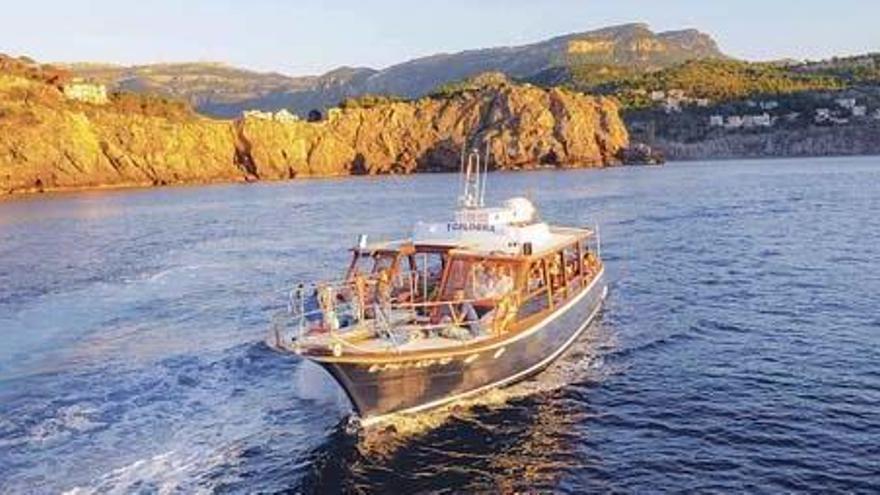 Ausflugsboote dürfen mit halber Besatzung um Mallorca schippern