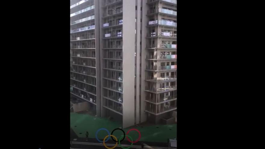 Pablo Andújar enseña la Villa Olímpica