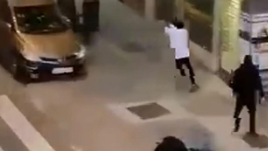 Enfrentamiento a tiros entre bandas rivales en Madrid